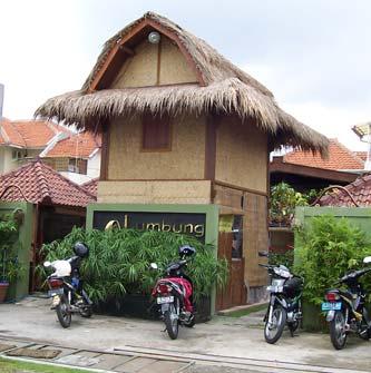 lumbung restaurant surabaya rumah makan khas lombok nusa tenggara rh eastjava com rumah makan di surabaya untuk rombongan rumah makan di surabaya barat
