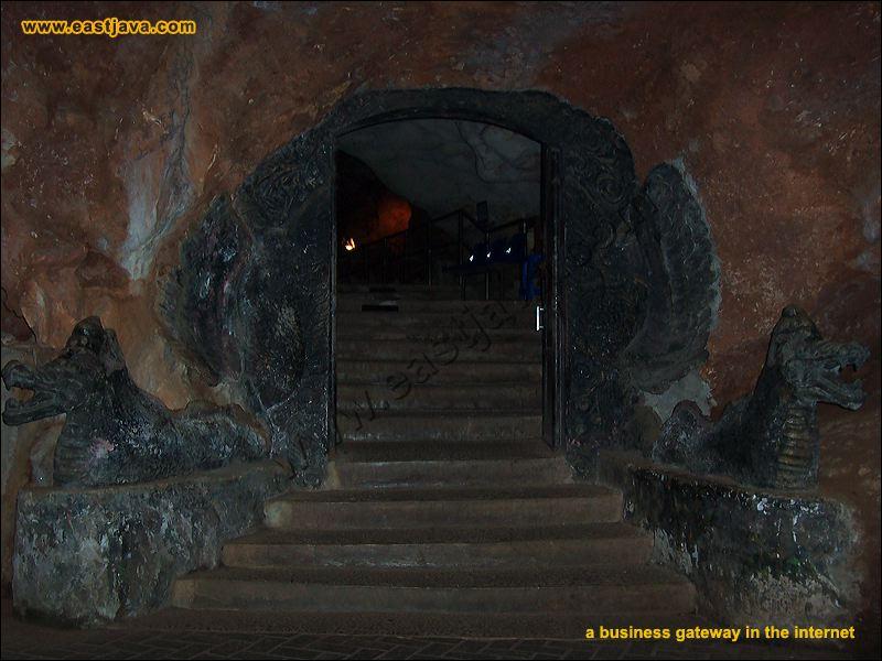 Maharani Cave